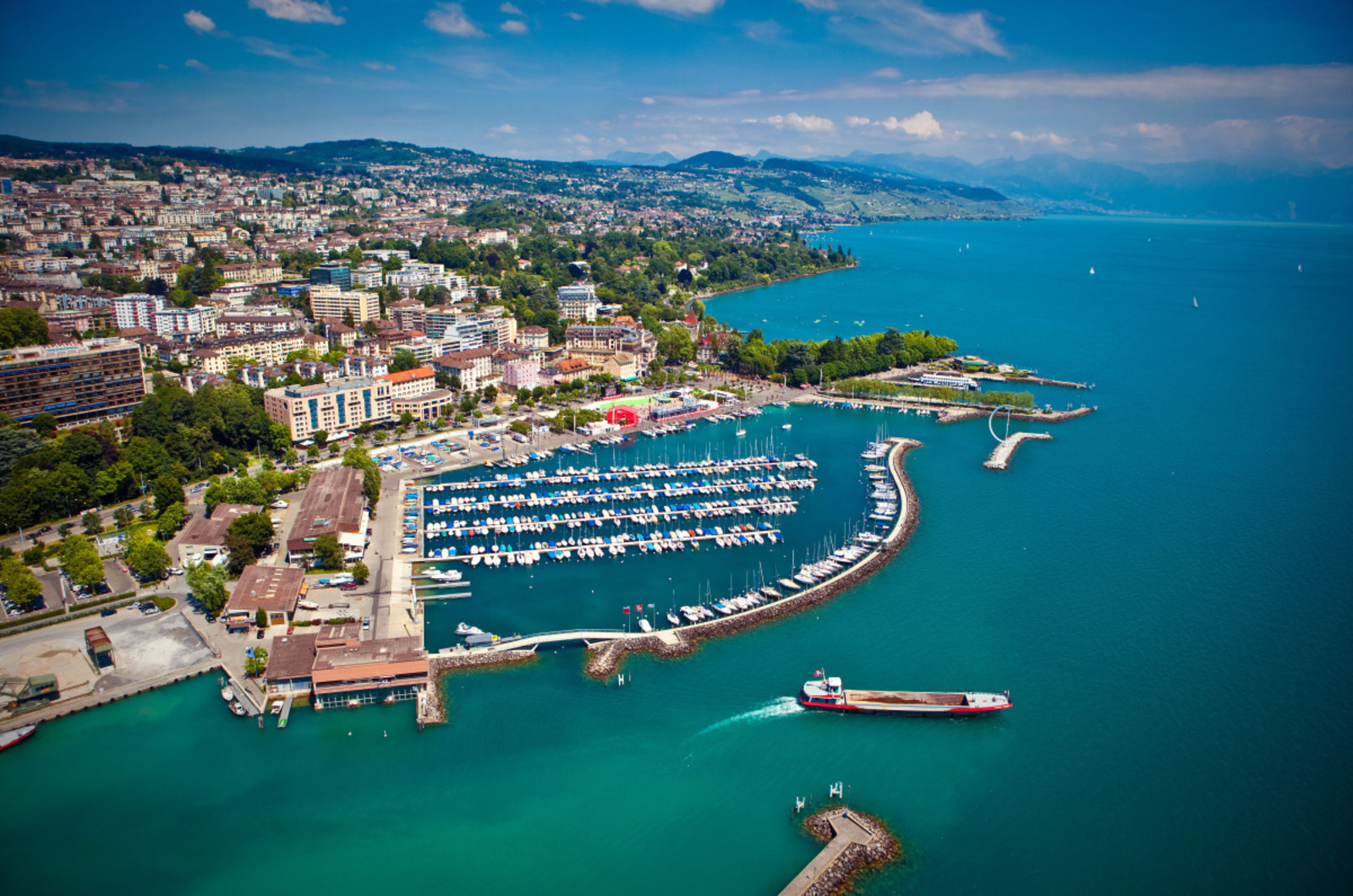 Lausanne's Must-Sees – To Be Discovered Like a Local