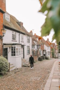 10 Best Day Trips From London – Hand Luggage Only